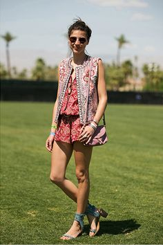 Coachella More Festivals Style, Summer Style, Summer Shoes, Street Style Fashion, Isabel Marant, Coachella Style, Fashion Pictures, Festivals Wear, Flats Sandals whowhatwears ask a stylist @EmilyandMeritts must have summer shoes: 1. flat sandals 2. gladiators and lace up heels 3. chunky low heels Prints   Sandals // Isabel Marant // 2013 Coachella // Summer Style Coachella Street Style Fashion Pictures 2013 #coachella style // #planetblue #intothewild boho bohemian festival style Festival…