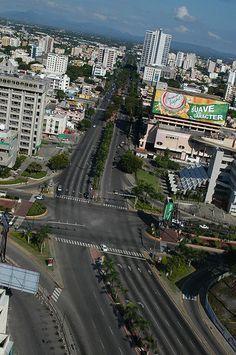 Av. 27 de Febrero / Churchill. Santo Domingo, Dominican Republic