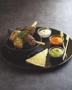 Brochettes mixte boeuf-poulet, sauce au Cantal Vieux   retrouvez la recette sur Gourmets de France .fr