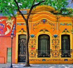 Pinturas no estilo podem ser encontradas em várias construções na Argentina   Foto: Ricardo Bevilaqua / Reprodução / CP
