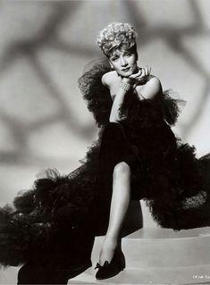 """bleublanc:  """"Marlene Dietrich  """""""