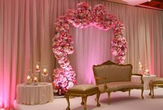 Best Stage Decoration Ideas For A Wedding In 2018 and After Wedding is the most beautiful moment in everyone life therefor decoration for it also should be perfect. Here are some amazing stage decoration ideas for wedding. Simple Stage Decorations, Engagement Stage Decoration, Wedding Stage Decorations, Wedding Stage Design, Church Stage Design, Room Paint Colors, Living Room Colors, Stage Backdrop Design, Reception Stage Decor