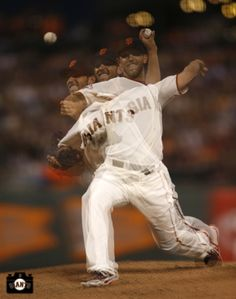 Madison Bumgarner- S. Giants- this pic is awesome! Sf Giants Players, Baseball Players, My Giants, Giants Baseball, 2010 World Series, Sf Niners, Madison Bumgarner, G Man, Great Team