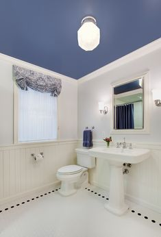 traditional blue and white bathroom. interior design by colleen knowles interior design.
