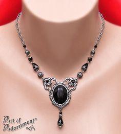 Nocturne Renaissance Rhinestone Necklace $36.00