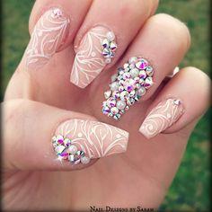 Bling & nude nail art design
