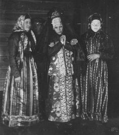 Russian traditional costumes 1906