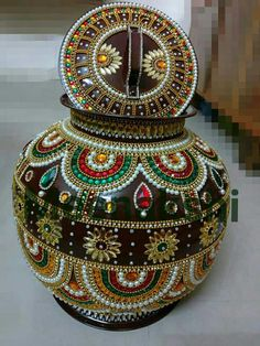 Dont throw away gramma's ugly vase. Bead it, decorate, recreate a masterpiece!!