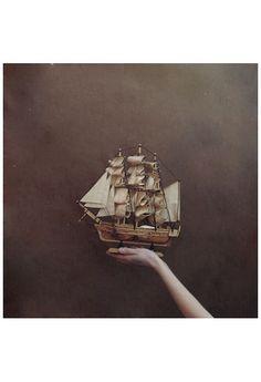 hand sailing