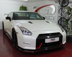 Seems the Nismo MY17 launch price encouraged people to buy the previous model good interest this week but only one winner!  #nissan #nissangtr #gtr #r35 #gtr35 #godzilla #gtrdirect #rsdirect #rsdirectspecialistcars #nismo #nismogtr #gtrnismo #yate #bristol #uk #carporn #carswithoutlimits #carsofinsta #litchfield