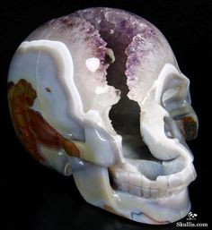Y'all like druse and geode skulls, too?