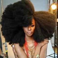 Natural Hair, Hair Inspiration, Afro, Black Girl #naturalhair #hairstyle #makeup #trendy #fashion