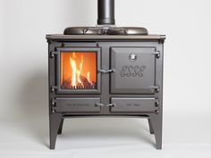 The Esse Gas Ironheart offers the best of both worlds. A stove and range cooker, traditional look and modern technology, backed by ESSE craftsmanship.
