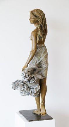 Esta artista crea esculturas femeninas a tamaño real inspirándose en el arte renacentista | Bored Panda by Luo Li Rong