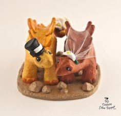 Stegosaurus Dinosaur Wedding Cake Topper - Realistic Dino Bride and Groom Fun Wedding Cake Toppers, Bride And Groom Cake Toppers, Wedding Topper, Custom Cake Toppers, Wedding Cakes, Dinosaur Wedding, Special Day, Wedding Ideas, Wedding Stuff
