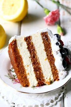 Mehevä porkkanakakku sitruunamoussetäytteellä - Suklaapossu Baking Recipes, Cake Recipes, Dessert Recipes, Dessert Drinks, Fun Desserts, Decadent Cakes, Sweet Bakery, Different Cakes, Sweet And Salty
