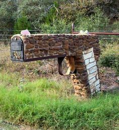 .red neck mailbox