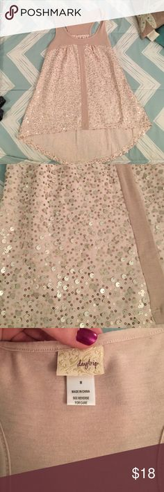 Daytrip sequin tank top 🎉 Worn twice. In wonderful condition. No flaws or defects. Cream racerback tank top with rose gold and cream sequins. Looks adorable under a cardigan. Not itchy at all Daytrip Tops Tank Tops