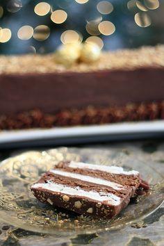 Ferrero Rocher Milk Chocolate with Hazelnut Cake