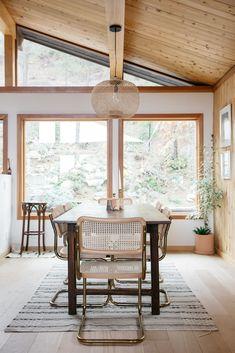 modern dining room in aaron bruno's malibu hills home. / sfgirlbybay