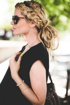 Barefoot Blonde Braided Bun Hair Tutorial