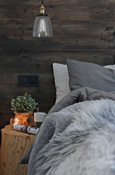 Cozy Bedroom, Dream Bedroom, Rooms Decoration, Rustic Home Design, Rustic Bedding, Cabin Interiors, Hygge, Home And Living, New Room