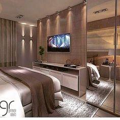Boa noite com esse projeto maravilhoso para essa sexta a noite! Hotel Room Design, Luxury Bedroom Design, Tv In Bedroom, Master Bedroom Design, Room Decor Bedroom, Appartement Design Studio, Dressing Room Design, Suites, Luxurious Bedrooms