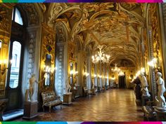 ROMA - PALAZZO DORIA PAMPHILJ GALLERY. The largest private art collection in Italy: painting masterpieces from every era. #Rome #Lazio #Italy #gallery #collection #art #sculpture #museum #tapestry