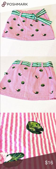 Ralph Lauren Skirt Seersucker skirt with lily pads and frogs. Adorable for spring. Has attached matching belt. Ralph Lauren Bottoms Skirts