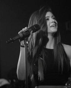Chrissy costanza - live