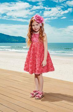 Sua filha quer um vestido novo então aqui poderá ver.