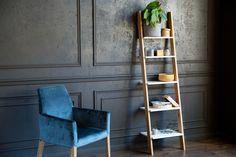 8 Wall Rack Design Ideas for Your Minimalist Home White Shelving Unit, Oak Shelves, Modern Shelving, Rustic Shelves, Wooden Shelves, Small Shelves, Industrial Shelving, Small Ladder, Barn Wood
