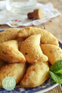 Greek Recipes, Fruit Recipes, Snack Recipes, Dessert Recipes, Cooking Recipes, Snacks, Finger Food Appetizers, Finger Foods, Greek Pastries