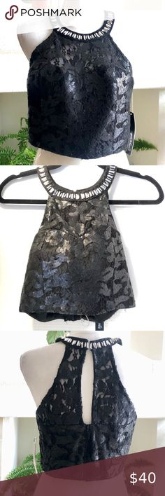 NEW WITH TAGS ADULT LARGE SPAGHETTI STRAP CROP TOP WITH METALLIC DOT SHARP