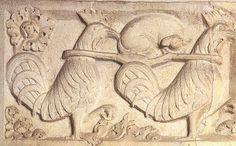 Duomo di Modena, architrave porta della Pescheria. Favole e miti: il funerale della volpe. Dettagli:  http://sandramaccaferri.blogspot.it/2010/06/favole-e-miti.html