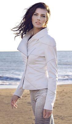 Photographer: Gencer Bavbek Styling: Neslihan Kiyak Hol Client : Versutti Leather Wear
