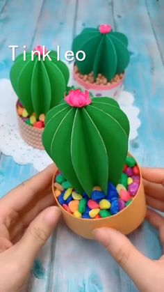 DIY Paper Cactus Decoration - DIY Paper Cactus Decoration You are in the right place about Cactus sketch Here we offer you the mo - Cool Paper Crafts, Paper Flowers Craft, Paper Crafts Origami, Cute Crafts, Flower Crafts, Diy Paper, Flower Diy, Origami Flowers, Cactus Flower