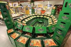 Heineken socces sponsor smart retail display