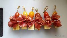 6 rețete de aperitive rapide reci pentru platouri festive românești tradiționale | Savori Urbane Lidl, Soul Food, Food To Make, Chips, Drop Earrings, Cooking, Cake, Anastasia, Ham