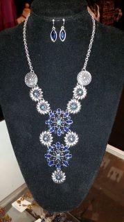 Floral Hardware Necklace Set - Sapphire