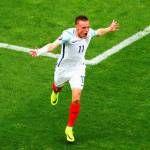 Germany 3 Slovakia 0: Into European 2016 quarterfinals walk despite Mesut Ozil penalty miss.