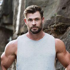Undercut Hairstyles, Chris Hemsworth, Perfect Man, Movie Stars, Tank Man, Muscle, Hero, Actresses, Actors
