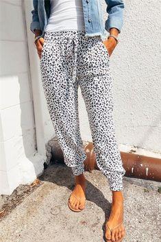 White Leopard Print Joggers Leopard Print Pants, Trend Fashion, Women's Fashion, White Leopard, Loose Pants, Leopard Pattern, Drawstring Pants, Bermuda, Printed Pants