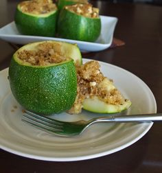 Stop letting Zucchini be most blah vegetable when it comes to eating healthier. Instead, mix things up with this deliciously slimming stuffed Zucchini with Quinoa.