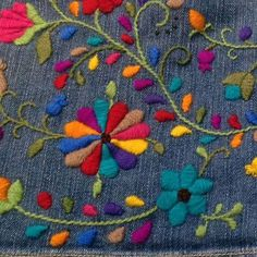 Marvelous Crewel Embroidery Long Short Soft Shading In Colors Ideas. Enchanting Crewel Embroidery Long Short Soft Shading In Colors Ideas. Mexican Embroidery, Learn Embroidery, Crewel Embroidery, Hand Embroidery Patterns, Ribbon Embroidery, Cross Stitch Embroidery, Machine Embroidery, Broderie Simple, Bordado Floral