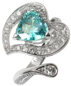 Mathon Paris: Arôme ring, White gold, Diamonds, Blue Namibia tourmaline