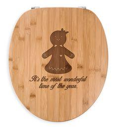 WC Sitz Lebkuchenfrau aus Bambus  Natur - Das Original von Mr. & Mrs. Panda.  Ein wunderschöner WC Sitz aus naturbelassenem Bambus Coffee mit unsere speziellen und liebvollen Mr. & Mrs. Panda Gravur    Über unser Motiv Lebkuchenfrau  Die zuckersüße Lebkuchenfrau ist das bezaubernde Gegenstück zum Lebkuchenmann und darf in der Weihnachtszeit nicht fehlen.    Verwendete Materialien  Bambus Natur ist ein sehr schönes Naturholz, welches durch seine außergewöhnliche Holz Optik besticht und sehr…