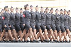 Russian Females on Victory Parade - I can tell you one thing, our women in the military do not look this good - Also take note, not one single non white in the formation. Military Guns, Military Women, Military Personnel, Victory Parade, Most Beautiful, Beautiful Women, Beautiful Clothes, Female Soldier, Girls Uniforms