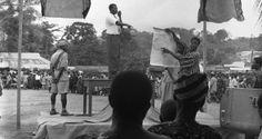 Orador en plebiscito en Togo británico (actualmente Ghana) en 1956. (Foto de la ONU) Ghana