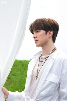 Kang Chan Hee, Chani Sf9, Sf 9, Hold Me Tight, Fnc Entertainment, Height And Weight, Kpop Boy, Bellisima, Capricorn